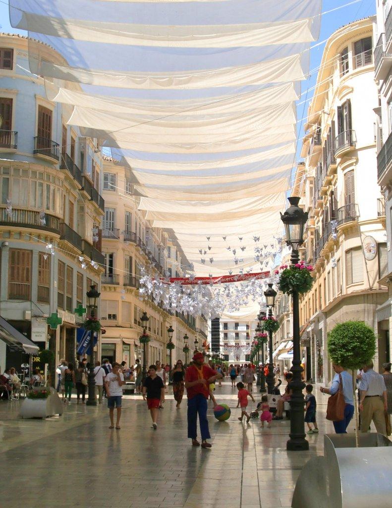 Malaga Calle Larios Sommer