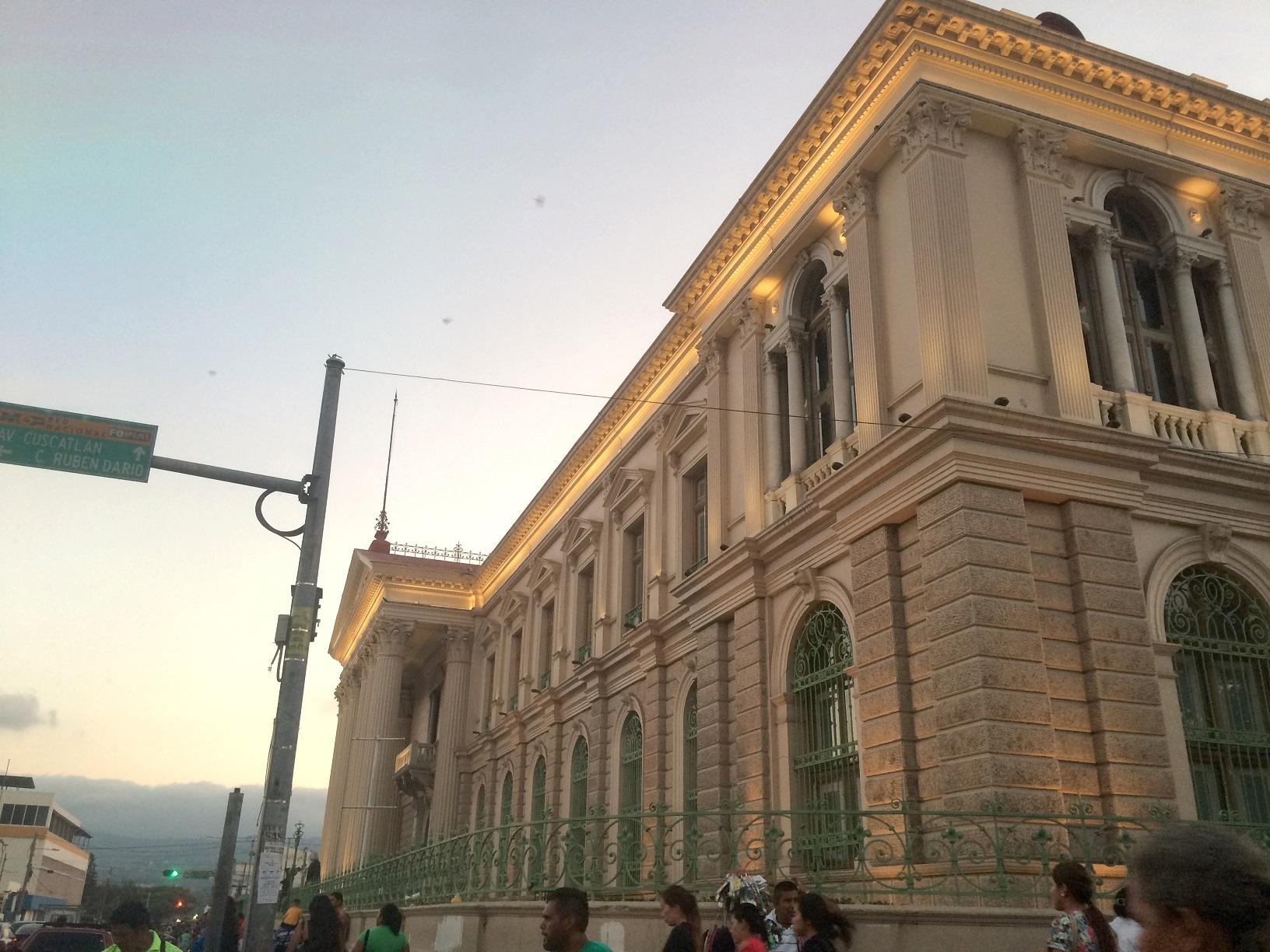 San Salvador Palast